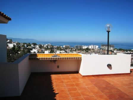 Rainbow-Realty-Condo-Blue-Sky-Puerto-Vallart-6