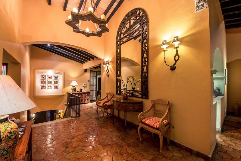 lobby upstairs overlooking stair